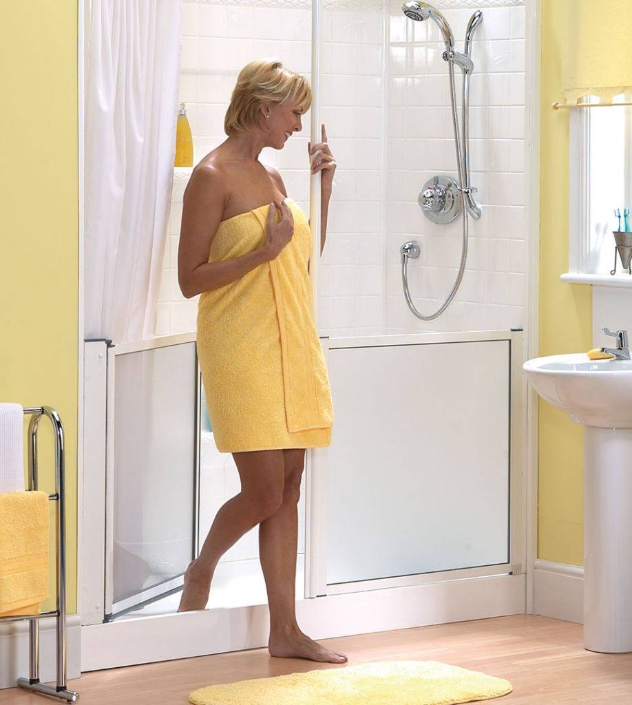 douche senior pour personnes ag es pas cher remplacement. Black Bedroom Furniture Sets. Home Design Ideas
