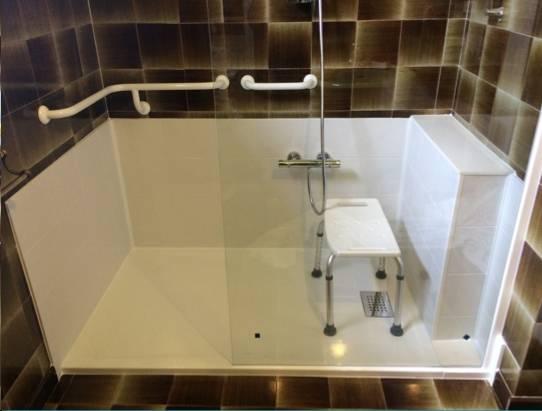 sp cialiste remplacement baignoire par douche senior s curis e nantes et dans tout le. Black Bedroom Furniture Sets. Home Design Ideas