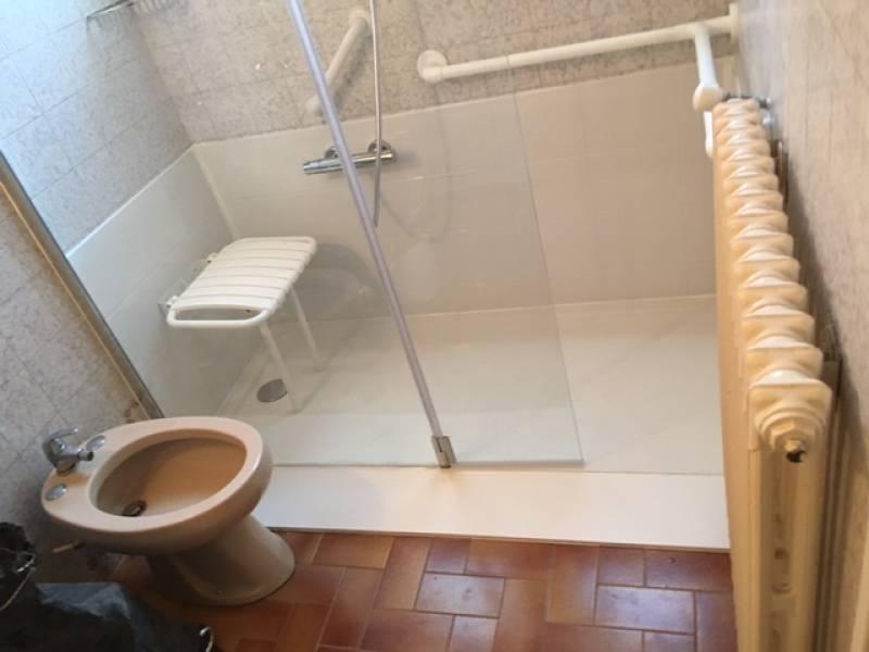 Remplacement baignoire par douche marseille douche modul 39 eau - Remplacement d une baignoire par une douche ...